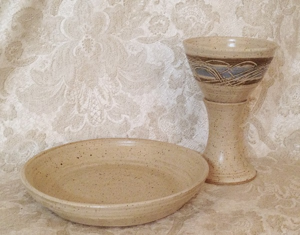 photo of communion pottery set made by Debra Ocepek of Ocepek Pottery